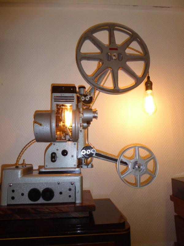 Lampe decoration rétro à base de projecteur de cinema pro, 2 ampoules